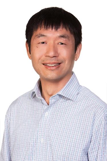 Dr. Hong Giang Le